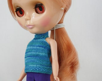 Blythe doll band collar tank top sweater knitting PATTERN - halter top doll sweater - instant download - permission to sell finished items