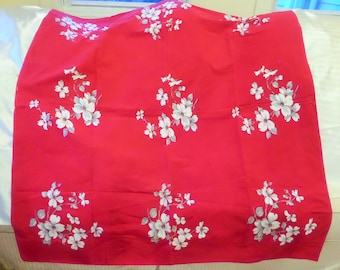 Vintage 54 X 54 100% Cotton Tablecloth, Red with Nine Cluster OF White and Gray Dogwood Flowers