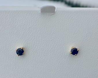 sapphire 14k yellow gold stud earrings