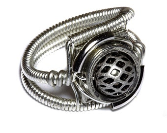 Steampunk Jewelry - Ring - Silver tone