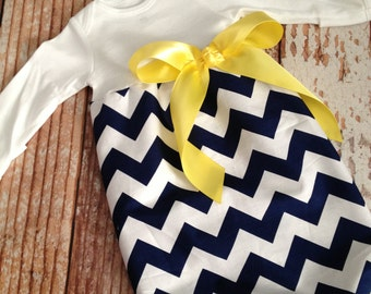 Newborn Layette, Infant Gown, Baby Gown - Navy Chevron with Yellow Bow