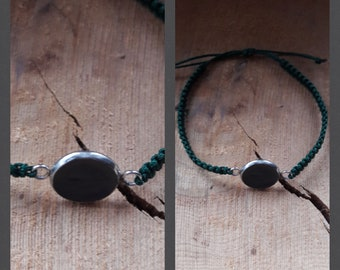 Bracelet knotted with stainless steel version and concrete black dyed