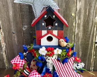 Patriotic Birdhouse Arrangement, Patriotic Centerpiece, Summer Decor, Summer Arrangement, Patriotic Decor, Fourth of July