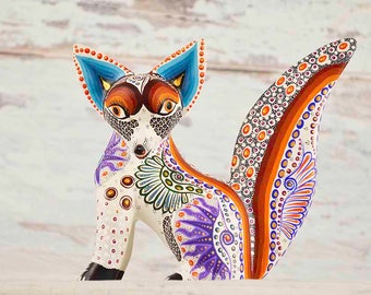 A1362 Fox Alebrije Oaxacan Wood Carving Painting Handcrafted Folk Art Mexican Craft