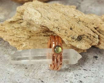 Copper Stacking Rings, Set of 3 Minimalist Stacking Rings with  Labradorite Gem. Ladies Thin Stack Rings Gift for her. Mystical Mom Gift.