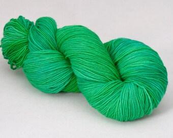 handdyed sockyarn superwash - wool/nylon mixture - fingering weight - colour s 123