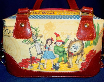 "Wizard of Oz Fabric, Handmade Shoulder Bag, Swoon Patterns, ""Brooklyn"""