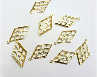 10 Pieces 14kt Gold Plated Brass Lattice Work Cut Out Diamond Shaped Drop Pendants, 26x14mm