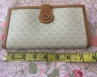 Authentic Vintage Gucci Trifold Wallet