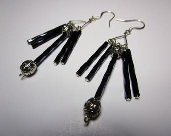 Dangle Drop black navy blue silver chandelier earring