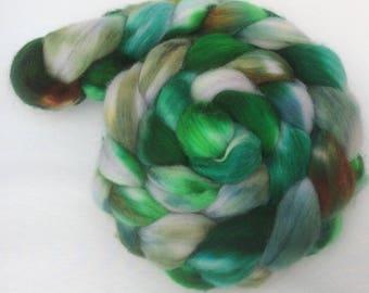 Wooly Onder #2 - handdyed merino-top 3.5 oz