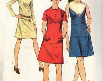 Simplicity 8878 A Line Dress with V Shaped Front Yoke Bust 34 VINTAGE 1970s