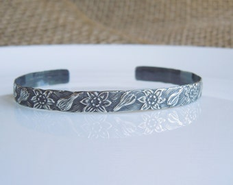 Sterling Silver Cuff Bracelet - Antiqued Floral Leaf - Solid Sterling 925 - 1/4 Inch Wide