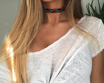 Embroidered Red Rose Fabric Choker Necklace