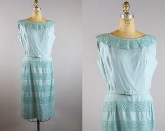 Seaside Rendezvous Linen Dress  / 1950s Dress / 50s Blue Linen Dress / Large