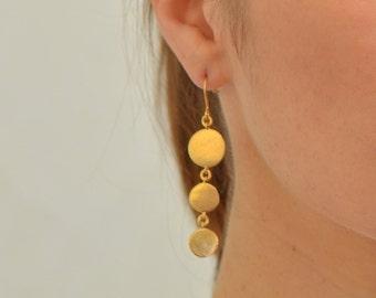 Dangling Gold Earrings, bridal dangle earrings, dangle earrings, chandelier earrings, delicate earrings, wedding jewelry, bridal accessories