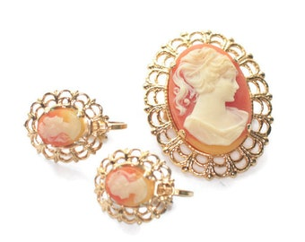 Molded Resin Cameo Pin Brooch and Earrings Set Mid Century Jewelry Vintage