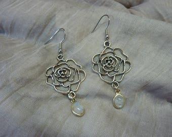 Earrings filigree large flower elven medieval vintage spiral with Garnet stones