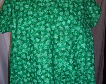 Shammrocks, cotton fabric scrub top
