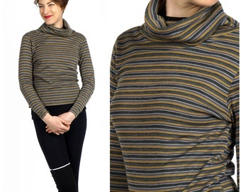Vintage 1960s Gray & Yellow Striped Oversized Turtleneck Pullover Knit Sweater | Small