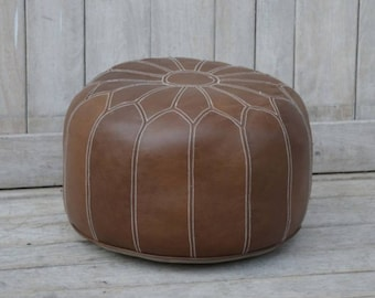Genuine leather pouffe/footstool. Round Moroccan style. 48cm x 48cm x 32cm