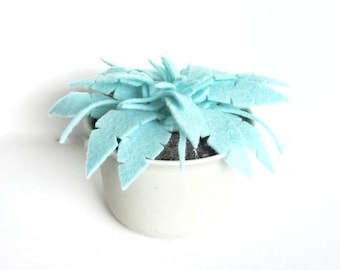 Blue Felt Fern in Plastic Pot· Potted Plant· House Plant· Kid Friendly· Felt Plant Pot· Desk Plant· Fake Plant· Housewarming· Felt Succulent