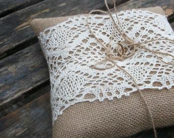 Rustic Burlap  Ring Bearer Pillow with Ecru Cotton Lace, Wedding hessian ring cushion