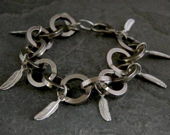 Women's Gift, Chunky Silver Chain Bracelet, Feather Statement Bracelet, Feathers Charm Bracelet, Silver Feather Bracelet, Feathers Charms