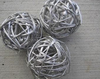 "Twig Balls - 5cm  / 2"" - Metallic Silver - Set of 3"