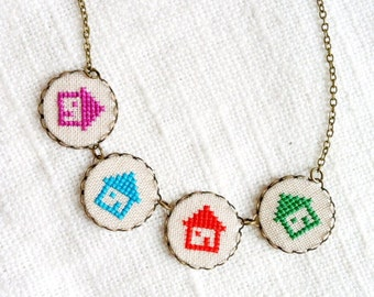 Tiny houses necklace - Colorful - Cross stitch necklace - n078