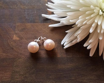 9/10mm Fresh Water Pearl Earrings (Cream in colour)