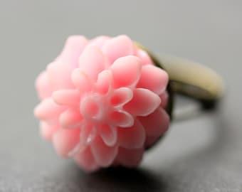 Pink Mum Flower Ring. Pink Chrysanthemum Ring. Pink Flower Ring. Pink Ring. Adjustable Ring. Handmade Flower Jewelry.