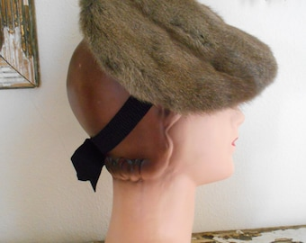 1940's Rabbit Fur Pancake Tilt Hat