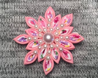 Handmade Pink Floral Kanzashi Hairclip-Girls Floral and Pearls Hair Accessory-Kanzashi Flower Clip-Pink,Pearls and Flowers Alligator Clip