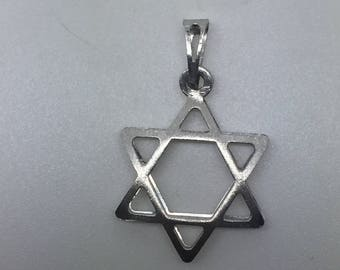silver star of david pendant,magen david necklace ,silver Jewish symbol pendant,protective pendant,protective jewelry