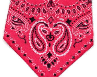 Pink Bandana Bib // Cowgirl Bandana Bib // Baby Girl Bandana Bib //  Western Bandana Bib // Baby Shower Gift