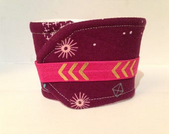 Maroon Geometric Drink Sleeve