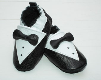 Soft sole baby shoes Leather baby shoes, Toddler shoes, Infant shoes, Baby boy, Newborn shoes, Black, White shirt-front, Black bow, Evtodi
