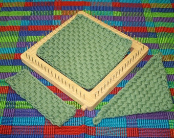Potholder Loom, Red Oak with Stainless Steel Pins