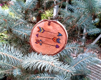 Arrow gift tag or ornament,brightly colored arrow pyrography art piece, wood burned design on a birch slice, bronze chain, hostess gift tag