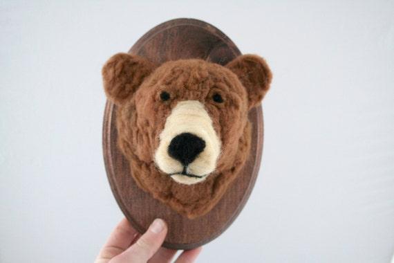 Faux Taxidermy Grizzly Bear (Ursus arctos horribilis)