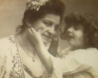 LAST CHANCE SALE Vintage rppc of Mother and Daughter