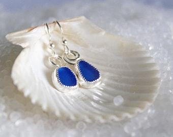 Sea glass jewelry - sea glass earrings - sterling silver earrings - beach glass earrings - summer earrings - handmade earrings - sea glass