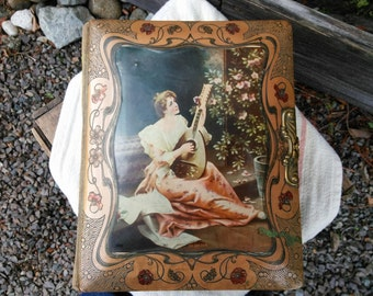 Victorian photo music box