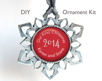 Photo Christmas Ornament Snowflake Kit . DIY. Silver plated. 25mm glass dome cabochon. Create ornament w/ photo, words. Glue option (WD29-a)