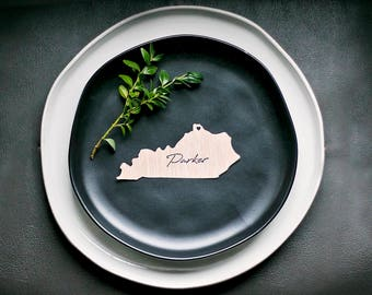 Chose Your Own State Calligraphy Place Card for Weddings and party, Die Cut State Place Setting Seating Card, Find Your Seat Place Card Tag