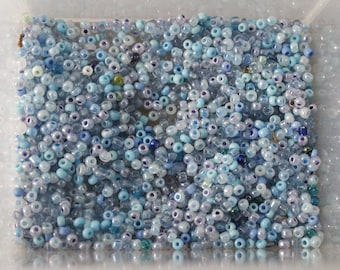 30g of blue and turquoise seed beads