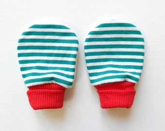 magic baby mitts | elf stripe