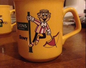 Rare Vintage Lyons Tea Minstrels Mugs, Sleepy, Smiler, Showy and Tricky, Bright Yellow