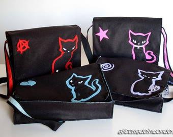 The POSSE BAGS, Messenger bags in felt.